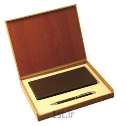 ست هدیه مدیریتی تبلیغاتی کیف پالتوئی و خودکار فلزی SM31