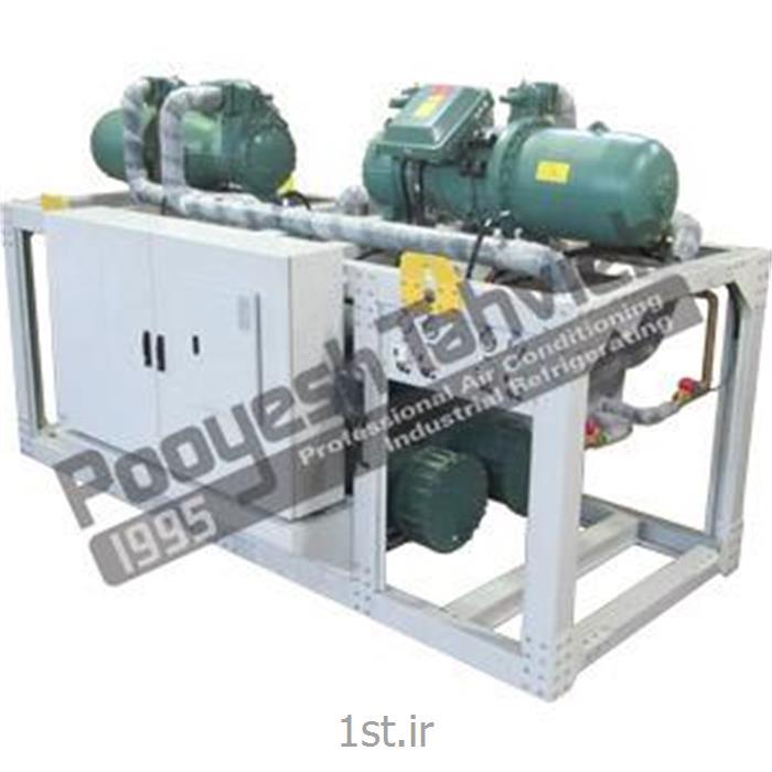 عکس چیلر صنعتیچیلر آبی 250 تن نامی اسکرو water cooled water chiller - R134a - screw