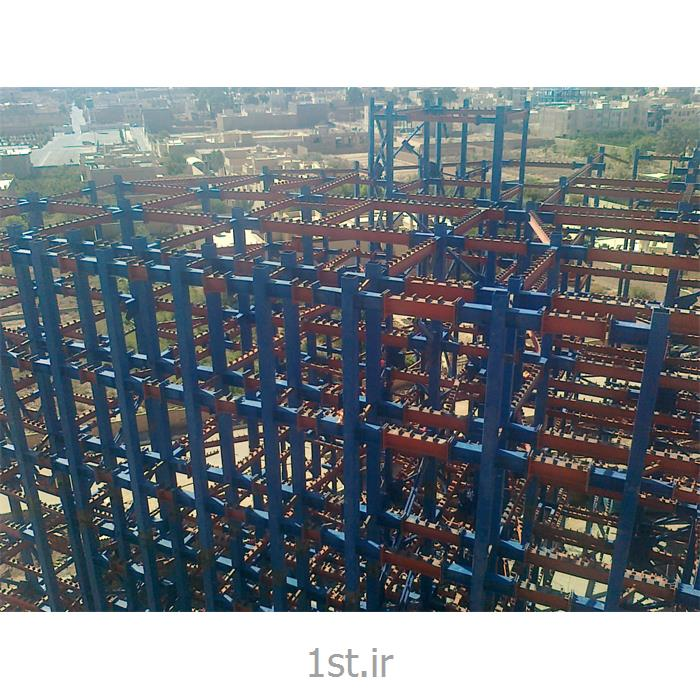 عکس سازه فلزی غیر فولادیاسکلت های فلزی پیچ و مهره ای
