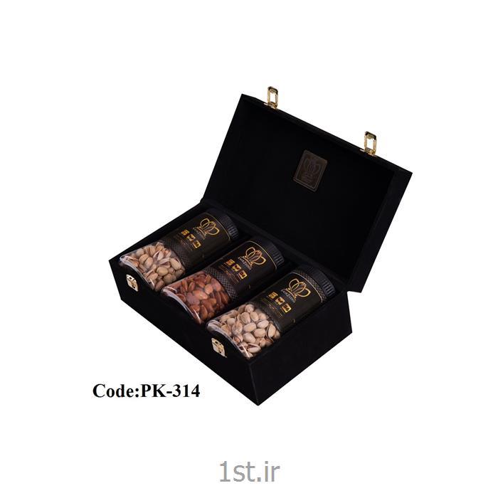 پک پسته کله قوچی 500 گرمی 3 عددی با جعبه مخمل همراه با طعم های مختلف