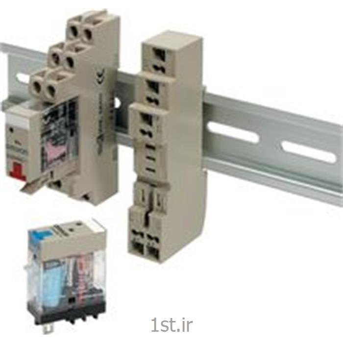 عکس سوکتسوکت امرن (OMRON) دو کنتاکت مدل P2RF08-E