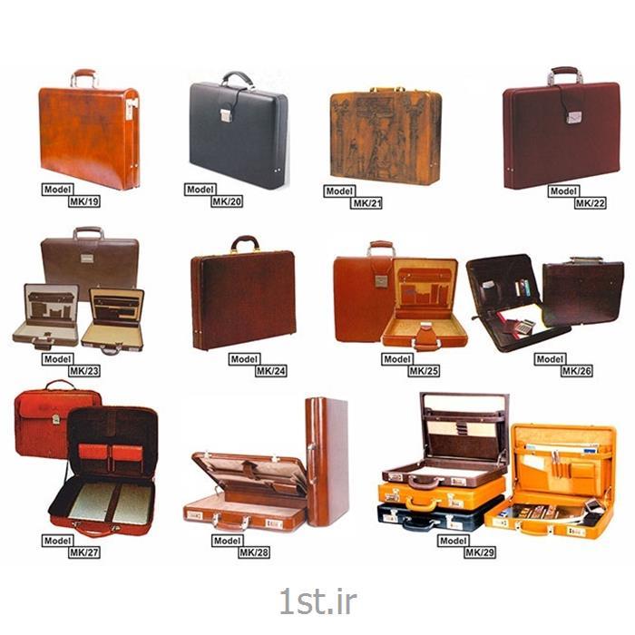 عکس محصولات چرمیکیف سامسونتی چرمی  تبلیغاتی