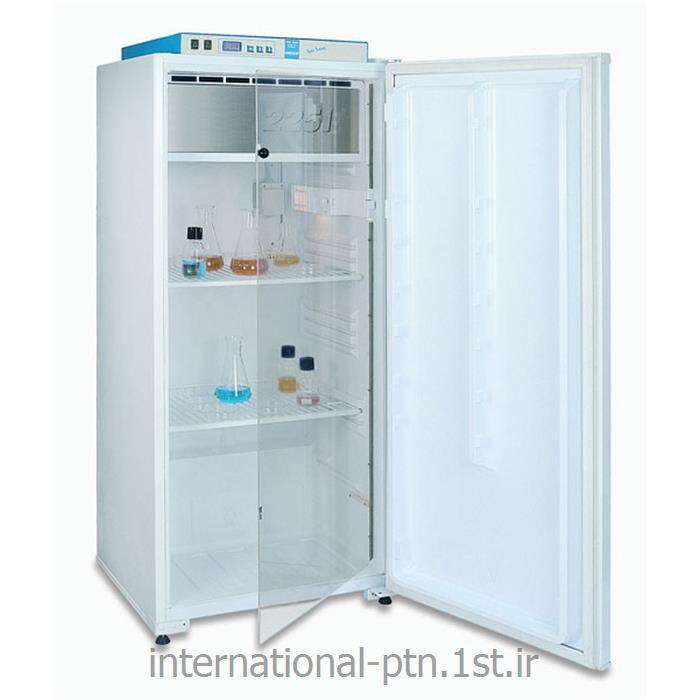 عکس تجهیزات سرمایشی آزمایشگاهانکوباتور یخچالدار آزمایشگاهی کمپانی Uniequip آلمان