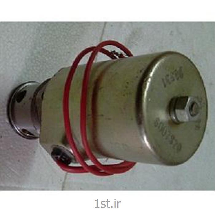 شیر تنظیم برقی (کنتربالانس ) جک کشابی کرن 20 تن پی ان اچ   -   P&H R 200 M