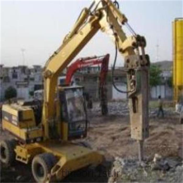 عکس خدمات خاک برداری و زیر سازیتخریب با پیکور