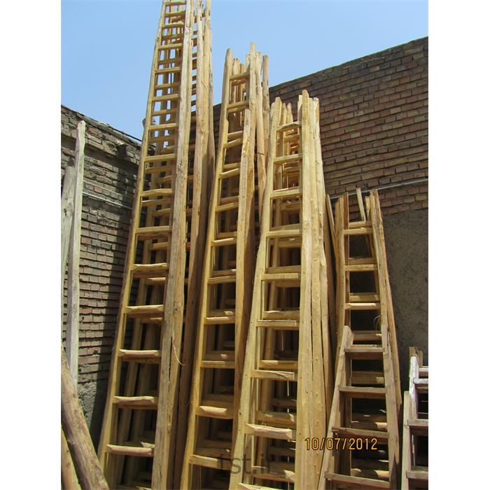 عکس نردباننردبان چوبی یکطرفه
