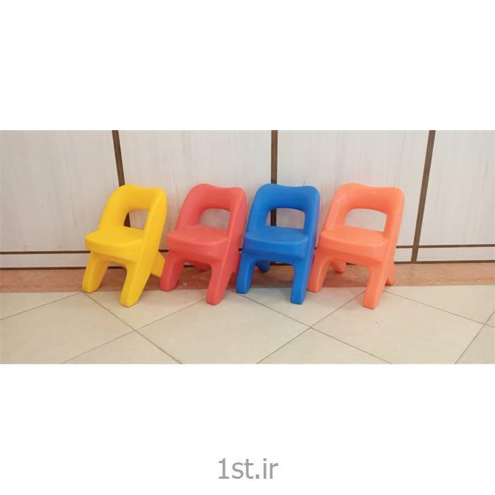 صندلی کودک پلی اتیلنی مدل استار