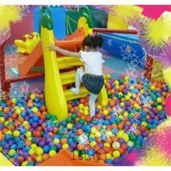 عکس سرسره و سایر اسباب بازی های بادیسرسره مهدکودک طرح گلابی