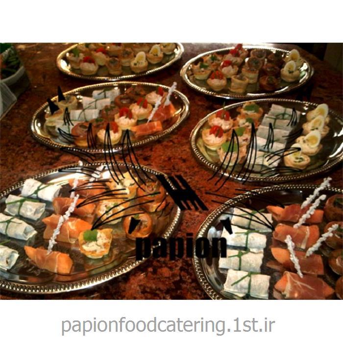 عکس خدمات تهیه و توزیع غذا (کترینگ)تهیه و سرو غذاهای فرنگی