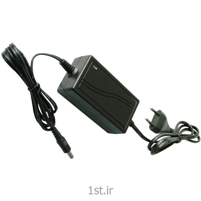 عکس لوازم جانبی محصولات تلویزیونی مداربستهاداپتور 12 ولت 2 امپر
