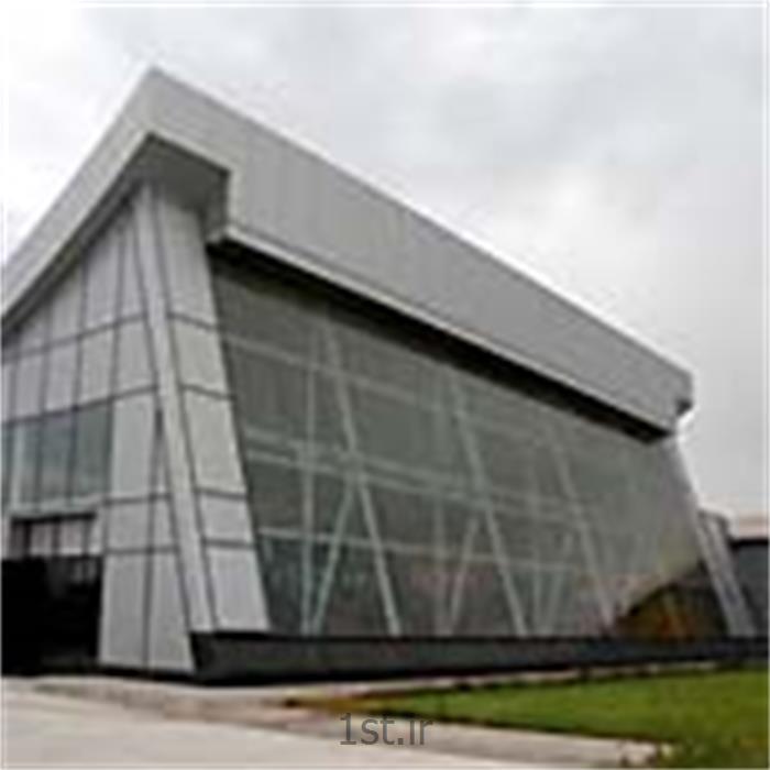 طراحی و ساخت سازه فضاکار سالن نمایشگاه ساختمان تیراژه ماشین