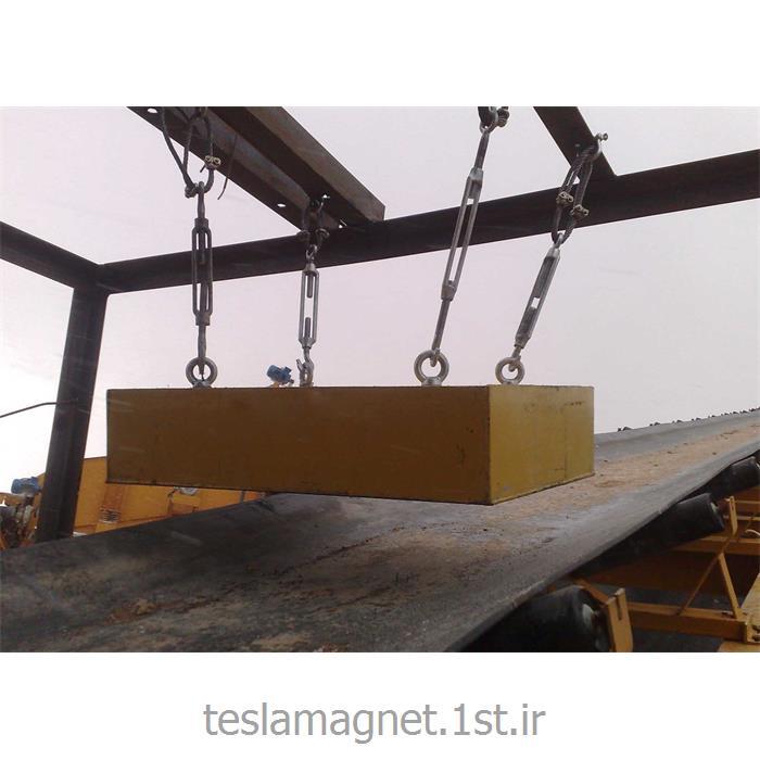 عکس دستگاه جداساز مواد معدنیسپراتور اور باند دائم دستی (بلاک مگنت) مدل TSM 800-18