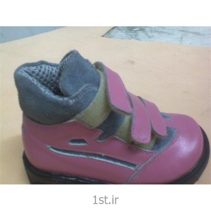 کفش طبی دخترانه برای استفاده پاهای با صافی زیاد