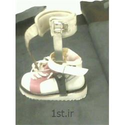 کفش متصل به بریس جهت اصلاح دفورمیتی پا