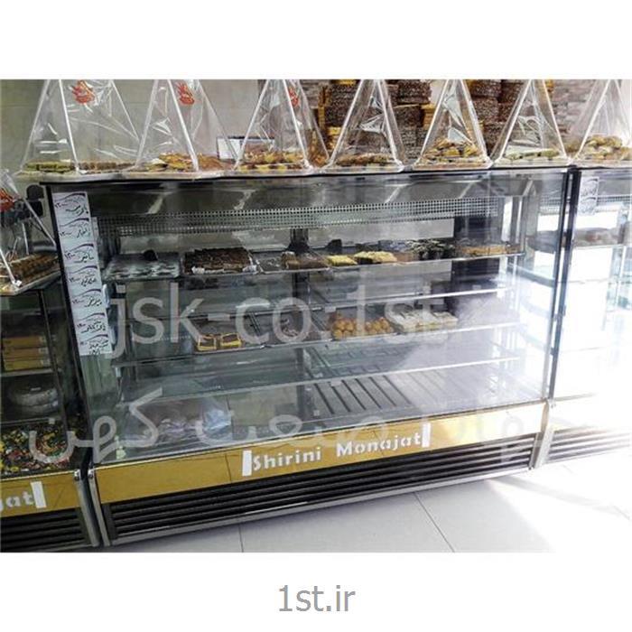 عکس یخچال صنعتییخچال صنعتی قنادی شیرینی فروشی مکعبی اکواریومی