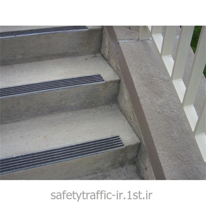 ترمز پله سمباده ای مدل Anti Slip-007