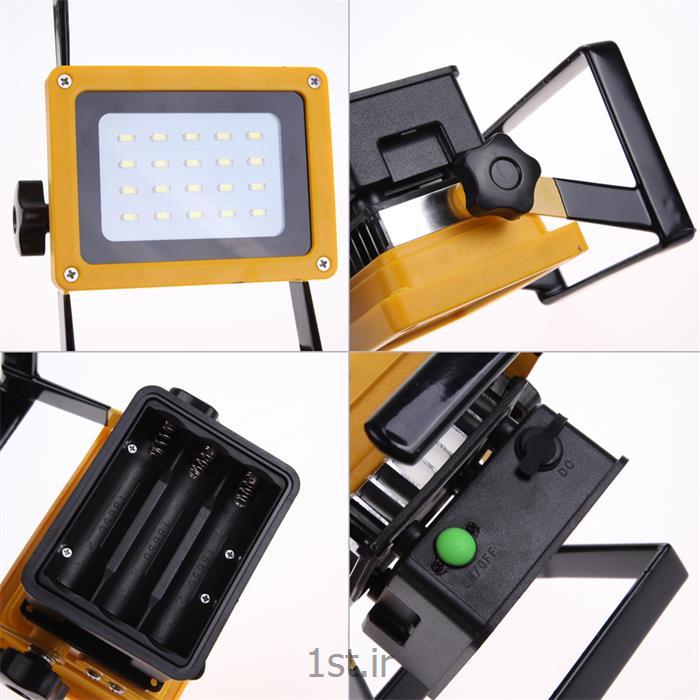 عکس سایر چراغ ها و محصولات مرتبط با روشناییپروژکتور پرتابل شارژی ۳۰ وات