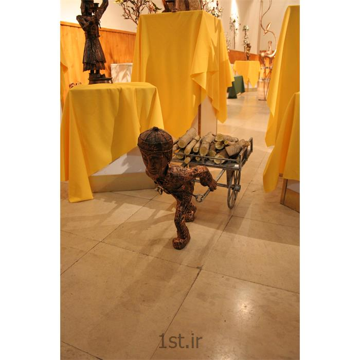 مجسمه فلزی تزئینی مدل گاری هیزم کش