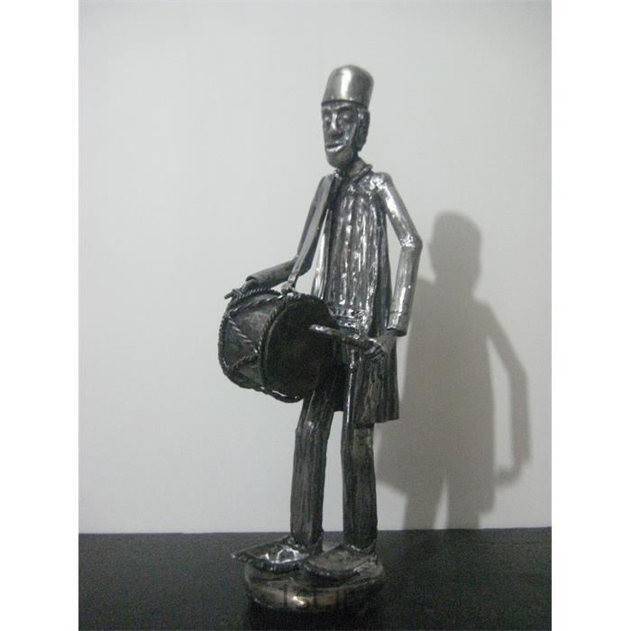 مجسمه فلزی تزئینی مدل تبل زن