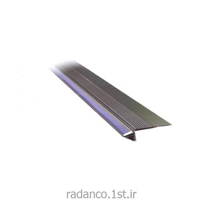 عکس نورپردازی، تصویربرداری و صدابرداری حرفه ایپروفیل ال ای دی لبه پله PROFILE LED 4