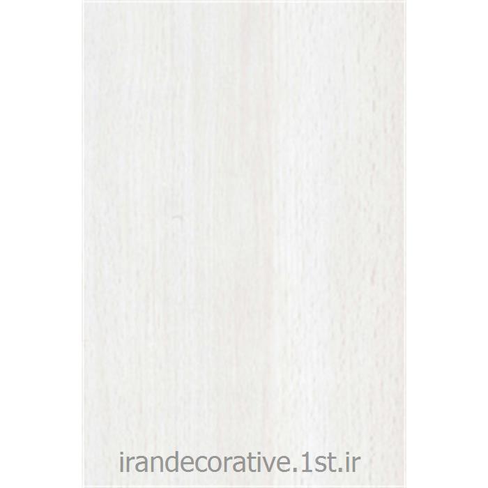 عکس کفپوش چوبیپارکت آرتا لمینیت رنگ سفیدبا رگه های چوبی پارکت آرتا کد 721 راش سفید (White Beech)