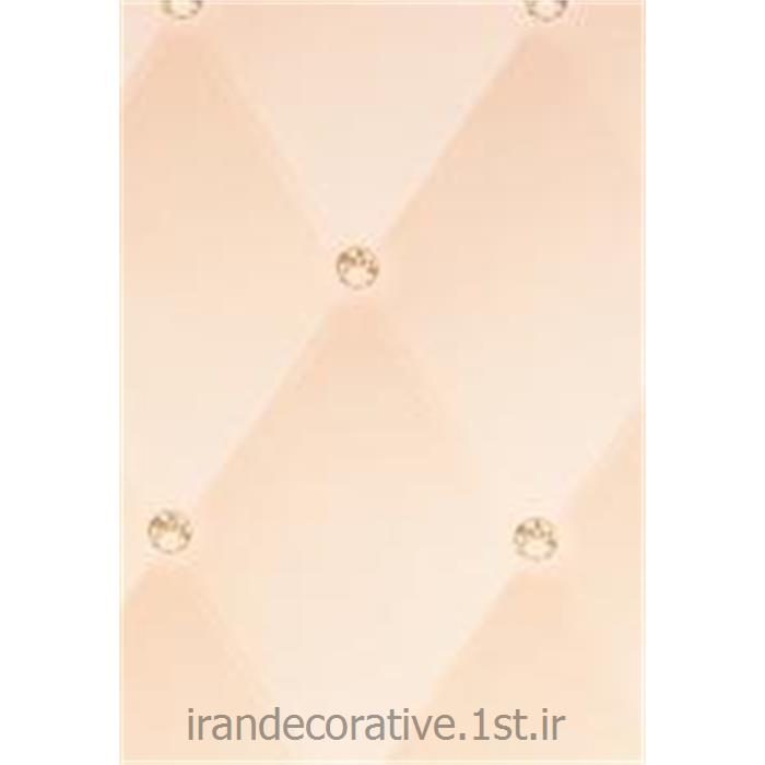 کد کاغذدیواری : 998161 رنگ کاغذدیواری صورتی ملایم طرح لوزی برای طراحی و دکوراسیون داخلی منزل
