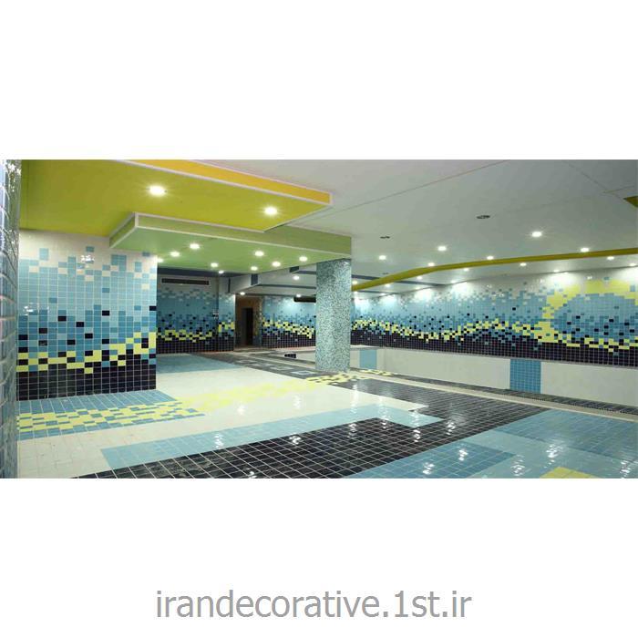 طراحی سقف پوش طرحدار و دیوارکوب استخر(ایران دکوراتیو) با دیوارپوش pvc آذران پلاستیک رنگ پانل سبز و آبی