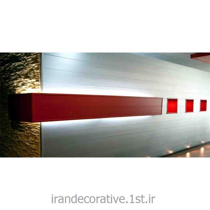 طراحی لایت باکس و دیوارپوش طرحدار(ایران دکوراتیو) با دیوارپوش pvc آذران پلاستیک رنگ پانل قرمز و نقره ای