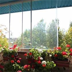 عکس خانه شیشه ایبالکن مهر ( پارتیشن بالکنی شیشه ای متحرک مهر )