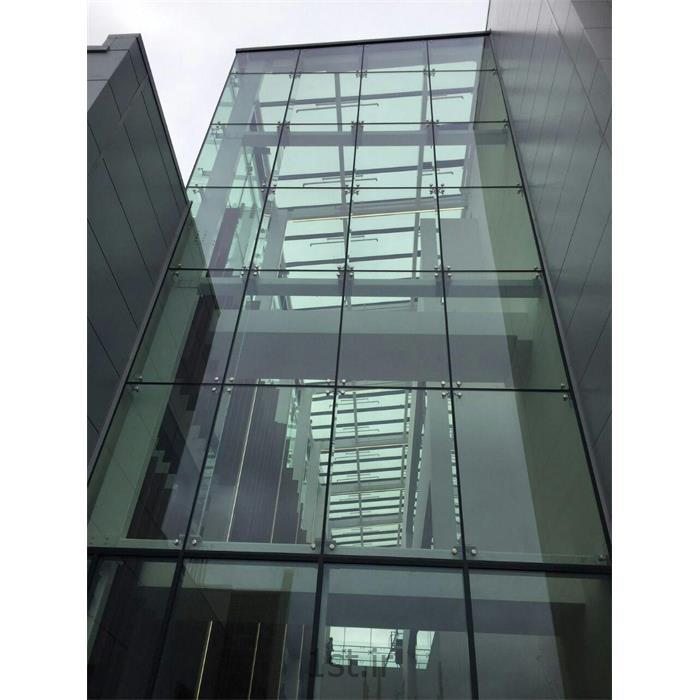 شیشه اسپایدر در نما