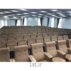 خدمات و نظافت در سالن های سینما