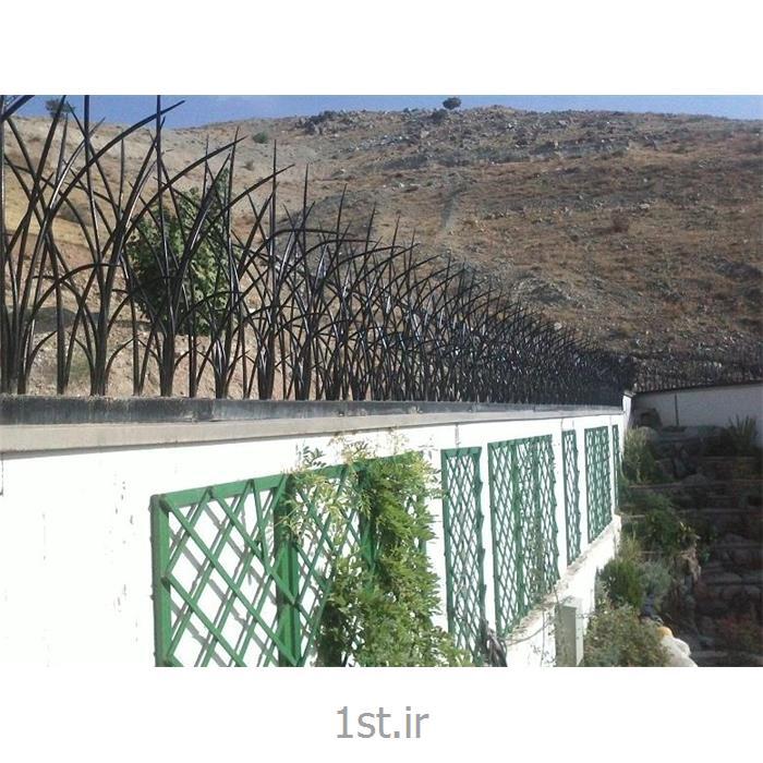 حفاظ دیوار جنس آهن
