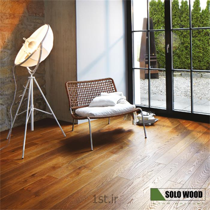 عکس کفپوش چوبیپارکت تمام چوبی طبیعی کلیکی لوکس مناسب دکوراسیون داخلی سولوود SoloWood